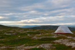 telttapaikka jokilaakson jälkeen - oi ihanuuttta